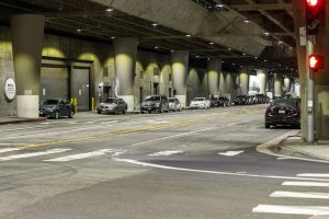 Jacksonville, FL – Officer Injured in Car Accident on University Blvd