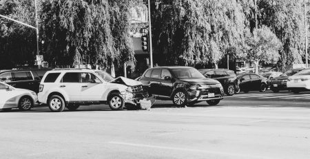 Fruit Cove, FL – Car Crash at FL-13 and Fruit Cove Woods Dr